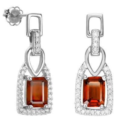 PRETTY 1.75 CT RED GARNET WITH DOUBLE GENUINE DIAMONDS 0.925 STERLING SILVER W/ PLATINUM EARRINGS