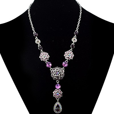 BEAUTIFUL FASHION DESIGN PINK CREATED GEMSTONES WHITE ALLOY NECKLACE