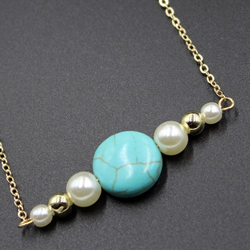 TURQUOISE & SYNTHETIC PEARL 18K GOLD PLATED GERMAN SILVER NECKLACE