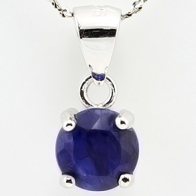 PRETTY 1.40 CT DYED BLUE SAPPHIRE PLATINUM OVER 0.925 STERLING SILVER PENDANT