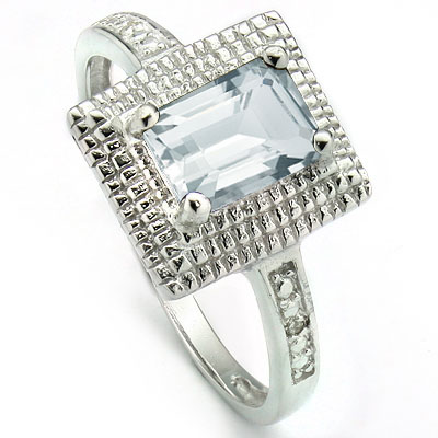 SPECTACULAR 0.85 CARAT AQUAMARINE WITH DOUBLE GENUINE DIAMONDS PLATINUM OVER 0.925 STERLING SILVER RING