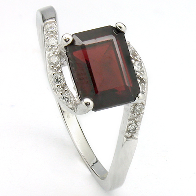 CLASSY 2 CARAT GARNET & CREATED WHITE SAPPHIRE PLATINUM OVER 0.925 STERLING SILVER RING