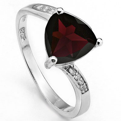 MAGNIFICENT 2.23 CARAT GARNET WITH 12PCS CUBIC ZIRCONIA PLATINUM OVER 0.925 STERLING SILVER RING