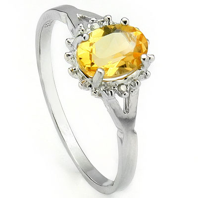 GORGEOUS 0.69 CT CITRINE WITH DOUBLE GENUINE DIAMONDS 0.925 STERLING SILVER W/ PLATINUM RING