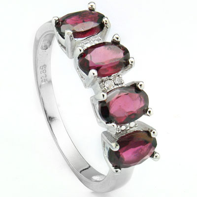 PRECIOUS 2.67 CARAT TW (4 PCS) GARNET & DOUBLE GENUINE DIAMONDS PLATINUM OVER 0.925 STERLING SILVER RING