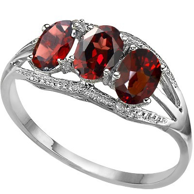 ELEGANCE! TRIPLE PERSIAN RED GARNET DOUBLE WHITE DIAMOND 0.925 STERLING SILVER W/ PLATINUM RING