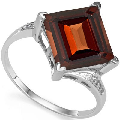 FABULOUS 5 CT GARNET & DOUBLE WHITE DIAMOND 0.925 STERLING SILVER W/ PLATINUM RING