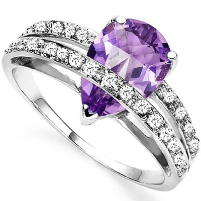 GORGEOUS 1.66 CT AMETHYST & 2 PCS WHITE DIAMOND 0.925 STERLING SILVER W/ PLATINUM RING
