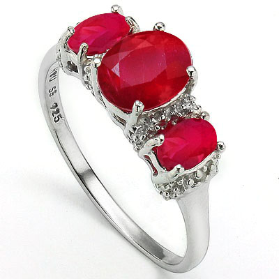 DAZZLING 2.17 CT GENUINE RUBY & 2 PCS WHITE DIAMOND 0.925 STERLING SILVER W/ PLATINUM RING