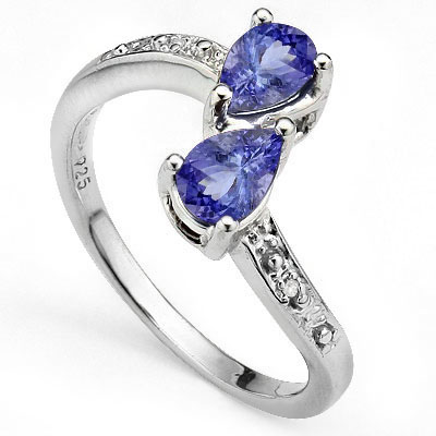 MARVELOUS 0.71 CARAT GENUINE TANZANITE WITH DOUBLE GENUINE DIAMONDS PLATINUM OVER 0.925 STERLING SILVER RING