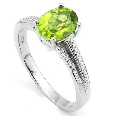 CHARMING 1.40 CT PERIDOT WITH DOUBLE DIAMONDS 0.925 STERLING SILVER W/ PLATINUM RING