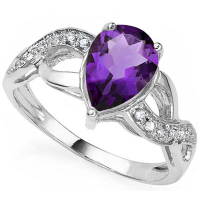 EXQUISITE AMETHYST WITH DOUBLE DIAMOND 0.925 STERLING SILVER W/ PLATINUM RING
