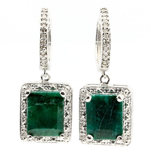 CAPTIVATING 6.00 CT DYED EMERALD & 24 PCS WHITE DIAMOND 0.925 STERLING SILVER W/ PLATINUM EARRINGS