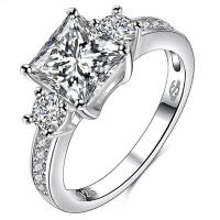 ALLURING ! FLAWLESS CREATED DIAMOND SOLITAIRE 925 STERLING SILVER ENGAGEMENT RING