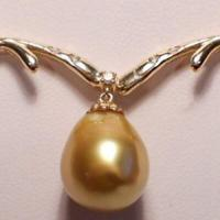 ANCIENT COLLECTION 12MMX14MM GENUINE SOUTH SEA GOLDEN PEARL WITH (5 PCS) GENUINE DIAMONDS 14K SOLID YELLOW GOLD NECKLACE