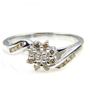 (CLOSEOUT #344) FINE JEWELRY (VS2-SSI2) DIAMOND 10KT SOLID GOLD RING (SIZE 6.75)