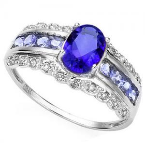 4/5 CT TANZANITE & DIAMOND 10KT SOLID GOLD RING
